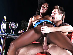 Natassia licked and screwed in the diner